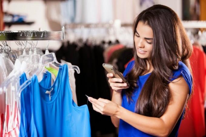 chica-compra-digital